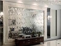 玻璃拼镜装饰客厅合适吗  玻璃拼镜能起到哪些作用