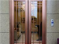 铝合金平开门有哪些特点  橱柜门钢化玻璃的优缺点