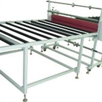大型板材復膜機+2米長的滾筒平臺