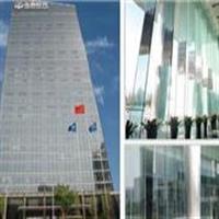 曲靖19厘超白玻璃价格报价生产厂家5米6米7米9米设计计吊挂安装