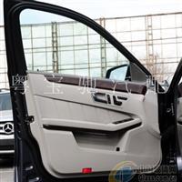 奔驰R350车门玻璃