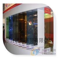 自然绿镀膜玻璃