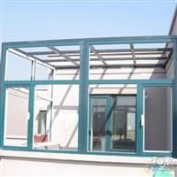 专业制作各种工程玻璃。提供安装