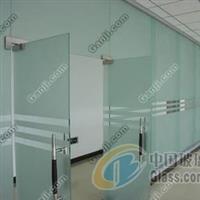 东丽区订做磨砂玻璃隔断安装价格