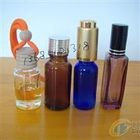 各种颜色料小玻璃瓶