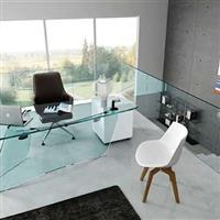 供给4-12mm优良钢化玻璃桌面