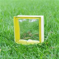 边彩黄玻璃砖