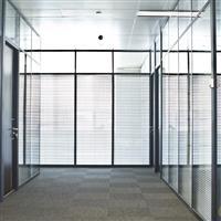 济宁玻璃隔断高隔间的历史与趋势
