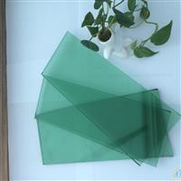 自然绿玻璃
