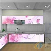 优质彩晶橱柜玻璃供应价格