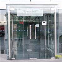 上海徐汇玻璃幕墙碎了配玻璃