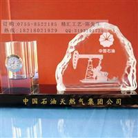 中国石油集团周年水晶摆件定做