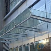 天津玻璃雨棚安装造型优美