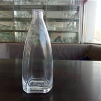 临盆高等玻璃白酒瓶