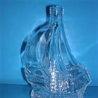 玻璃瓶洋酒瓶