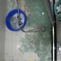 卫生间阳台淋浴房玻璃防爆膜该如何贴才有用
