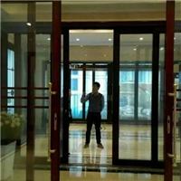 广州殴毅建材OY网吧变色玻璃幕墙应用