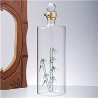 圆柱形玻璃白酒瓶厂家直销内置绿竹造型圆柱玻璃空酒瓶