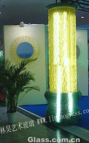 林昊热熔玻璃金柱子