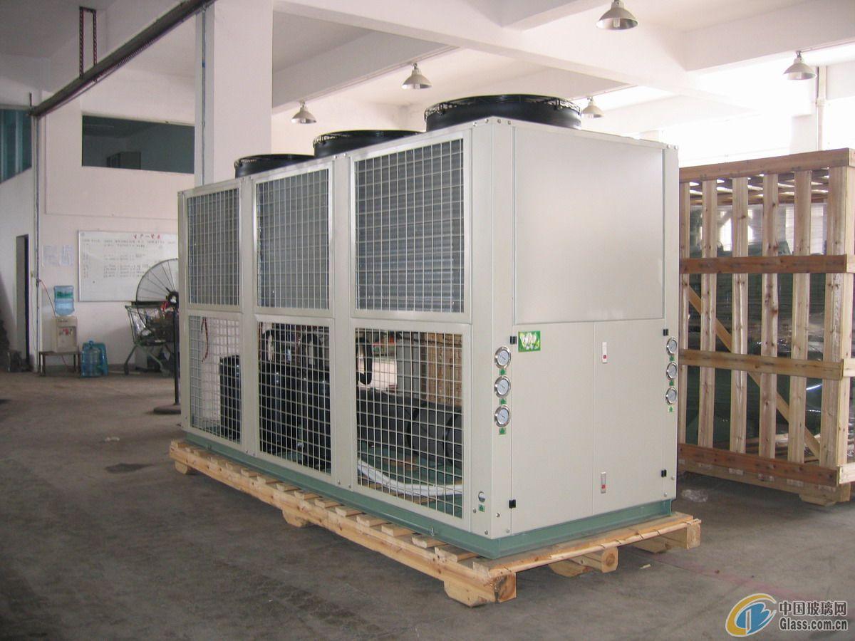 供应箱式冷水机组