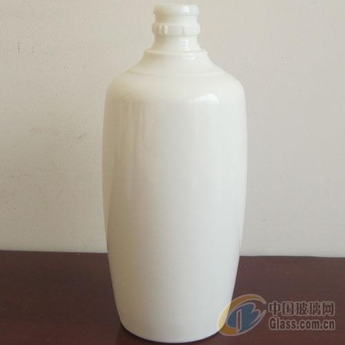 乳白料酒瓶