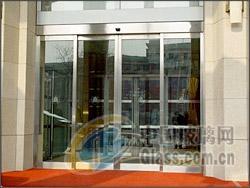 东四十条维修玻璃门安装地弹簧