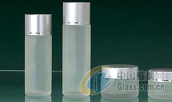 代理加工蒙砂玻璃化妆品瓶