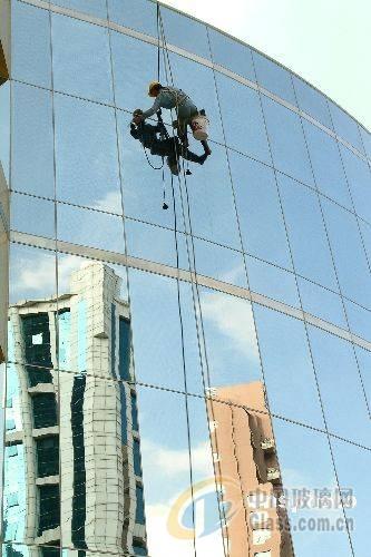 大板钢化玻璃价格较低