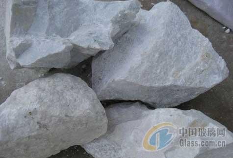 桂林低铁高钙石灰石粉价格较低