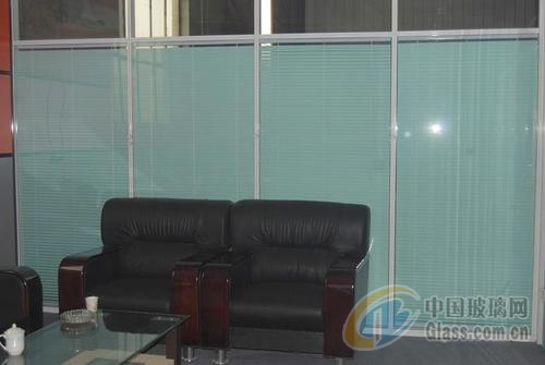 常州办公玻璃隔断,钢化双层百叶隔断