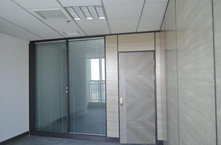 安装玻璃隔断价格 定做隔断价格