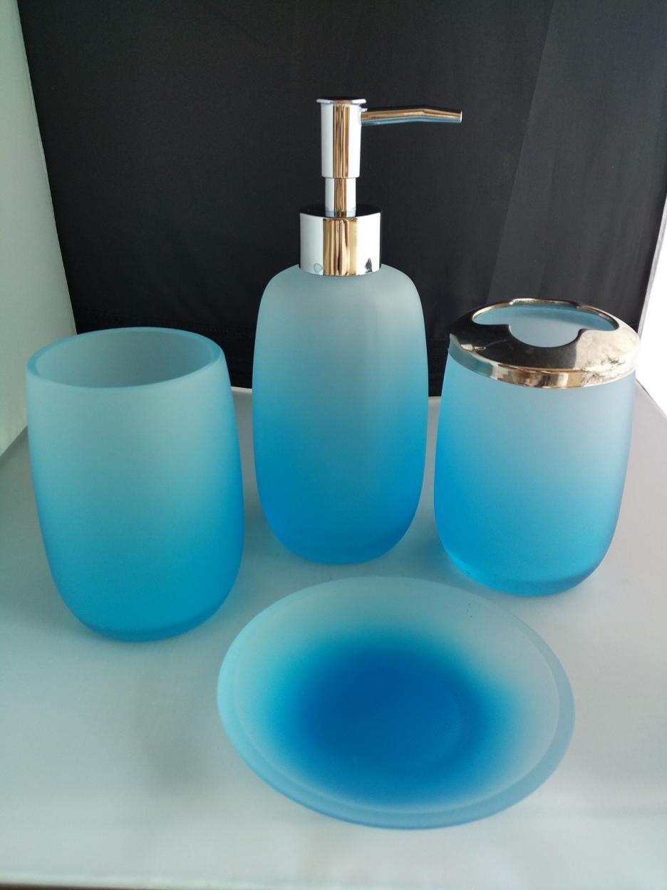 卫浴玻璃套装