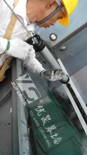 高层玻璃拆除/安装更换自爆玻璃