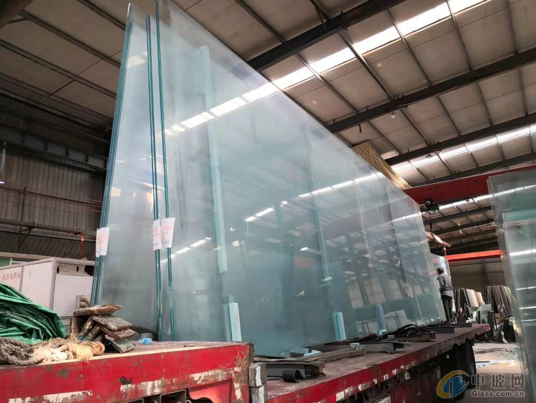 贵州贵阳15毫米超白钢化玻璃厂家