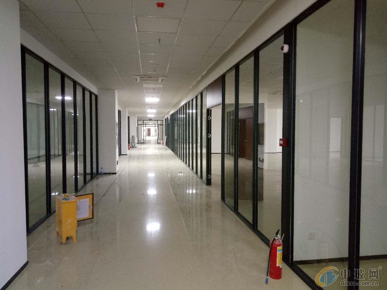 东莞办公室玻璃高间隔墙