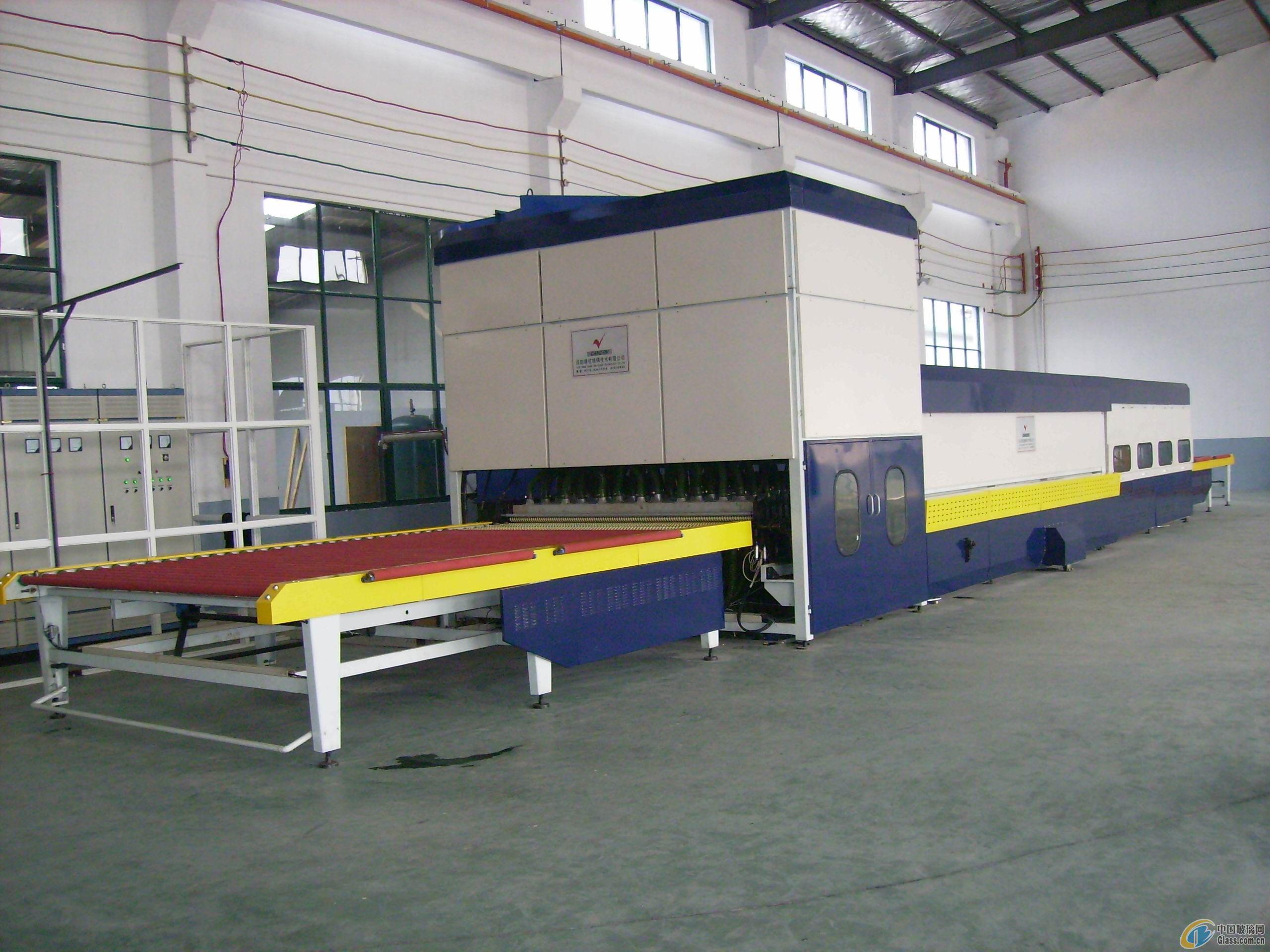 中国玻璃网推荐-平弯两用钢化炉