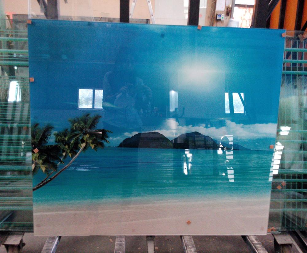 电视玻璃背景墙加工定制