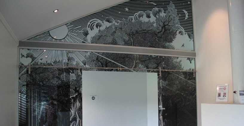 供应艺术玻璃背景墙