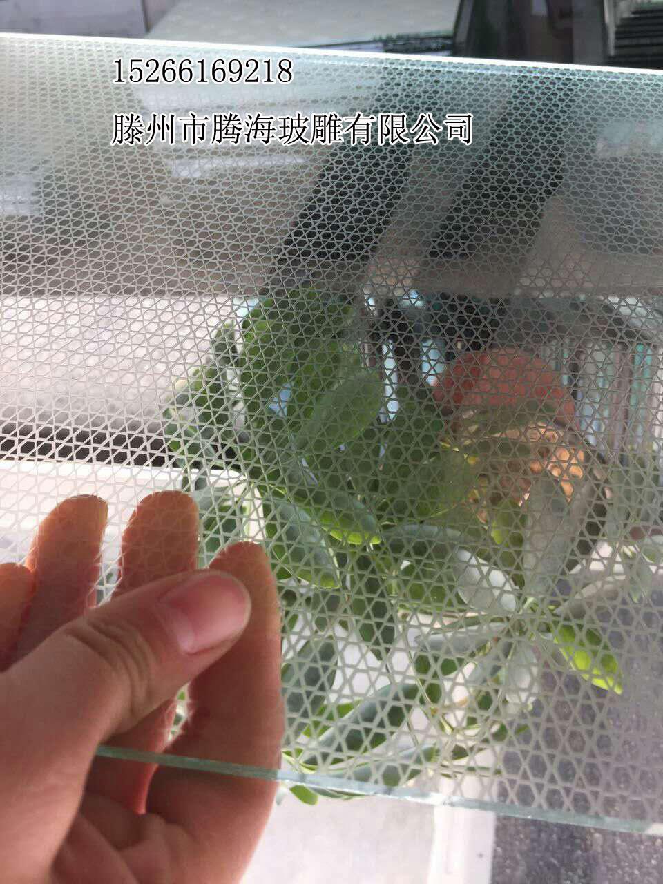 立体高透玻璃、亚光玻璃立体线条