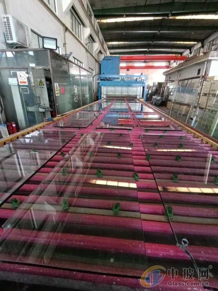 江苏省钢化玻璃厂家
