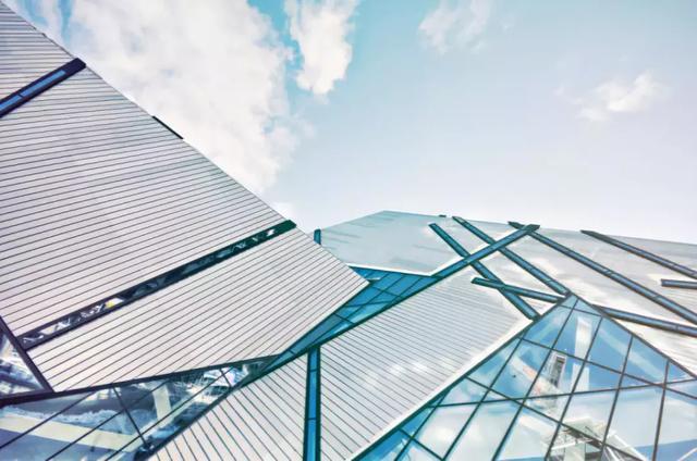 全球建筑玻璃的产量为8955万公吨