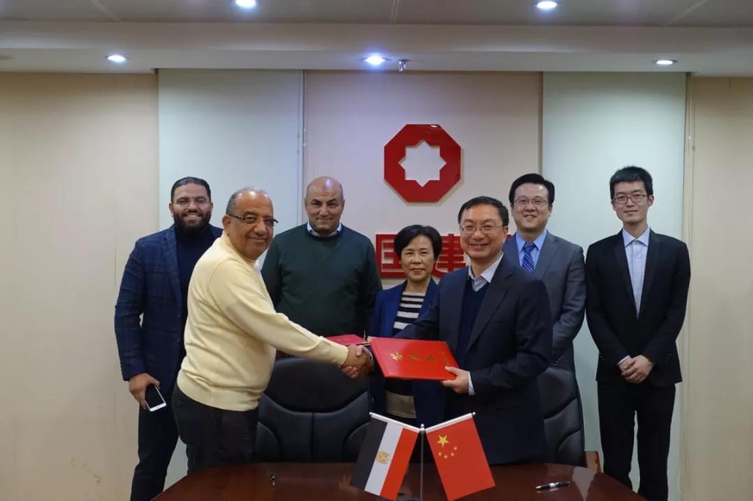 中国建材签署埃及压延玻璃总包合同