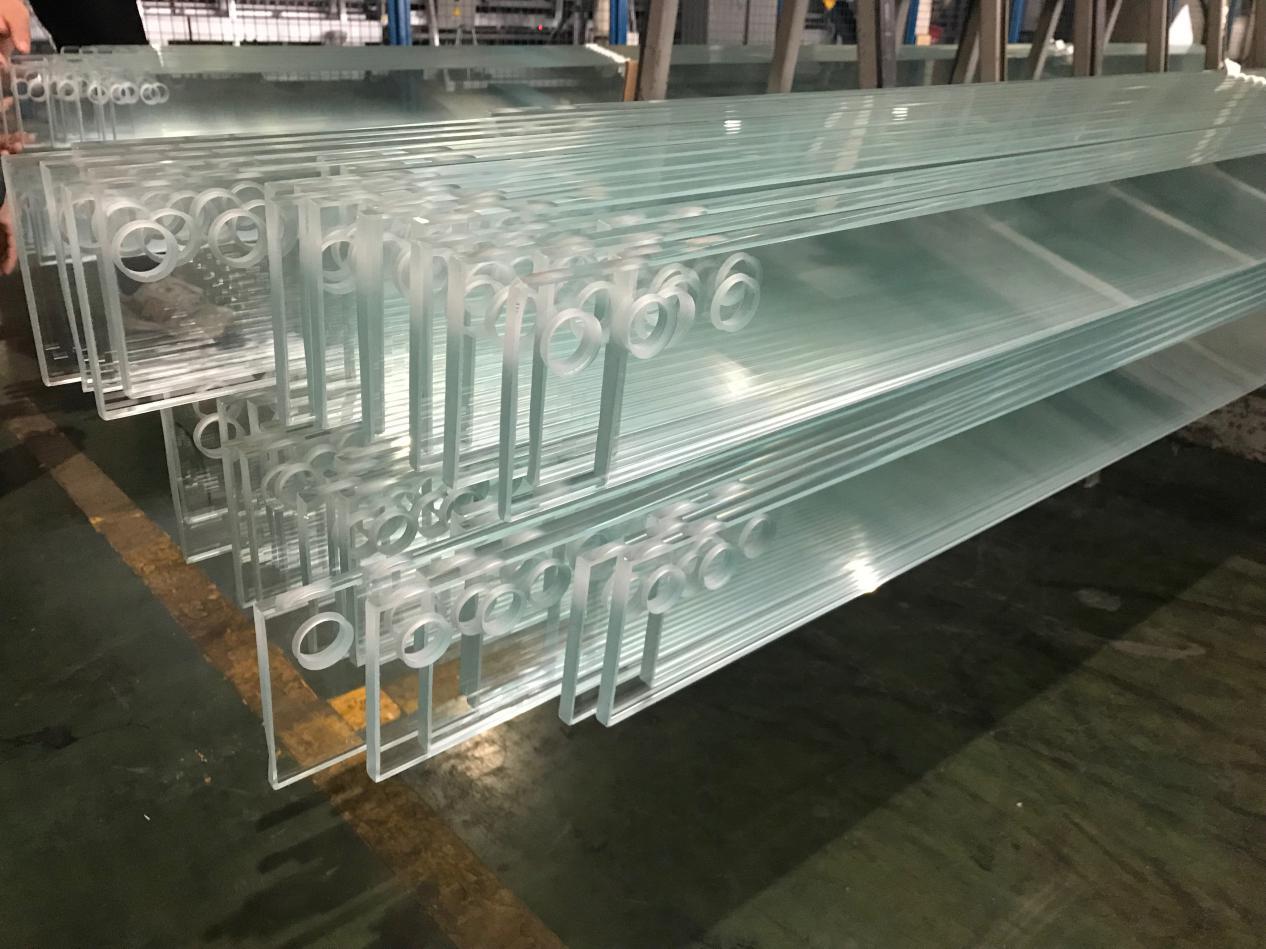 玻璃外贸路上共前行|北京澳斯科贸成交百万