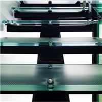楼梯防滑玻璃,滕州市耀海玻雕有限公司,建筑玻璃,发货区:山东 枣庄 滕州市,有效期至:2021-04-30, 最小起订:100,产品型号: