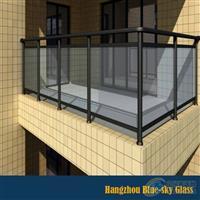 12mm白玻钢化阳台护栏玻璃