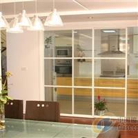 濱州玻璃隔斷的日常使用與清潔