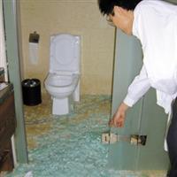 上海卫生间浴室玻璃移门维修