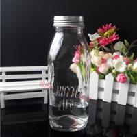 生产方形玻璃饮料瓶果汁瓶,徐州全业玻璃制品有限公司,玻璃制品,发货区:江苏 徐州 徐州市,有效期至:2020-02-09, 最小起订:20000,产品型号: