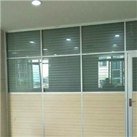 香港辦公室高隔間-玻璃裝飾品