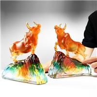 广州琉璃礼品定做 琉璃牛生肖礼品 牛年纪念品  牛奖杯定制